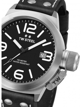 TW Steel CS1 Canteen Leather 45mm 10 ATM